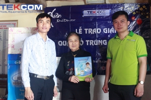 Tekcom trao giải nhất chương trình 'Quay số trúng thưởng'